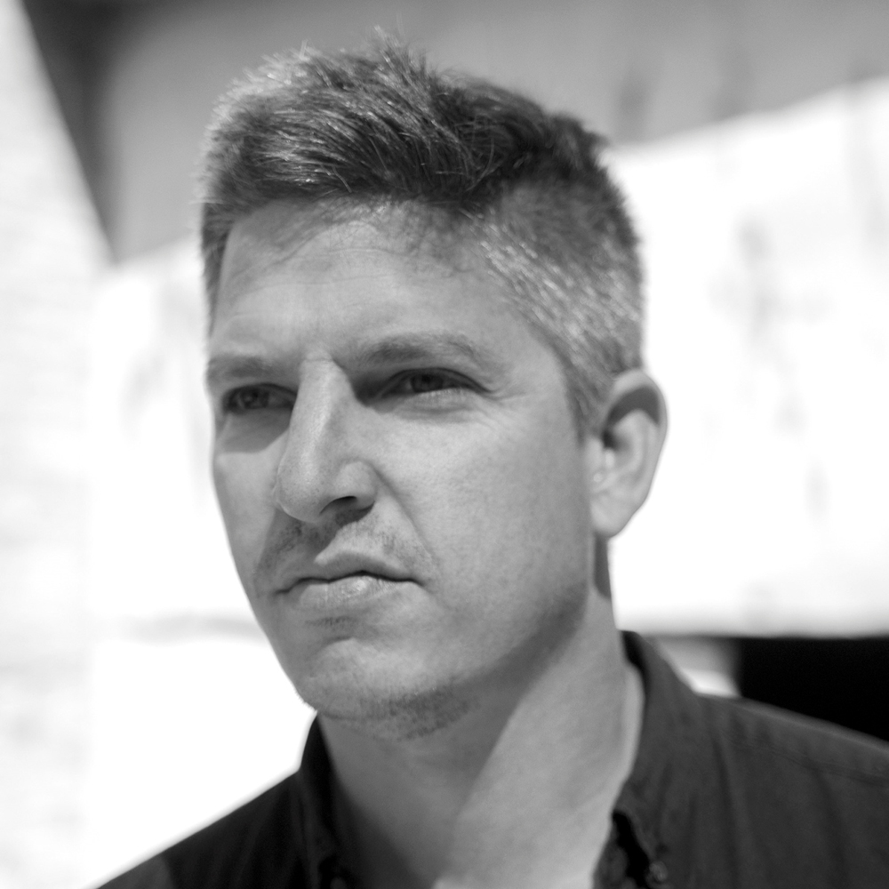 Portrait of Tom Mùller